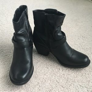 Cathy by Cathy Jean Black Booties